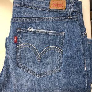 Levi's Jeans - SOLD Levi's 528 curvy cut jeans size 13